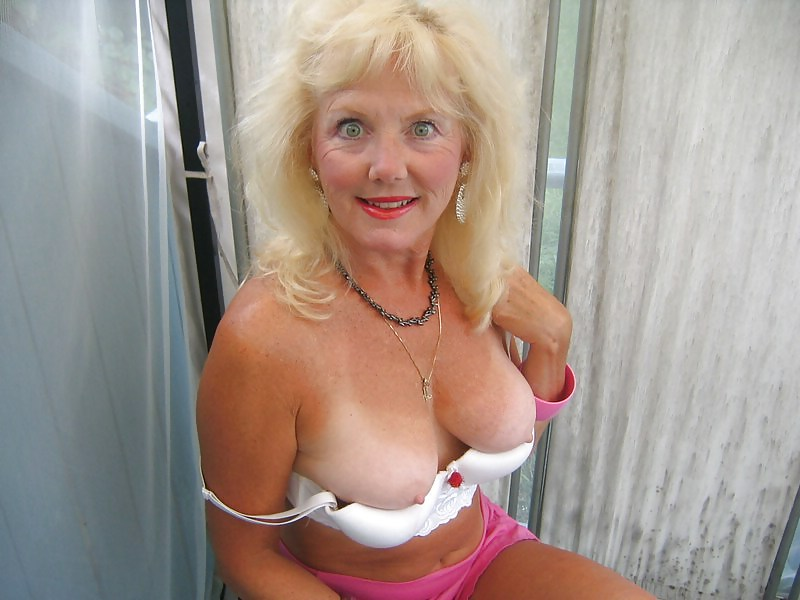 busty-mature videos - XVIDEOSCOM