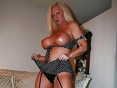 Adorable booby mature slut In black lingerie