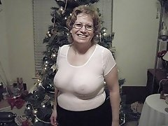 Old Amateur Lady With Big Tits