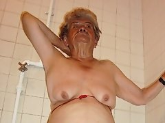 Granny showing boobs in the shower